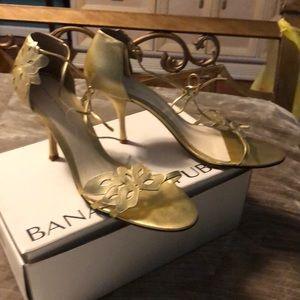 Gold  Floral Sandal